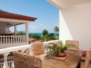 Paloma Blanca 3F 3rd Floor Pool View, Jaco