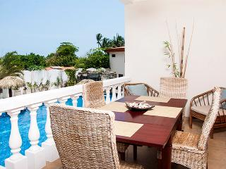 Paloma Blanca 2D 2nd Floor Pool View, Jaco
