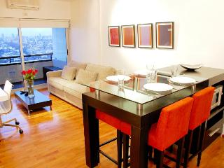 PS8 - (Guatemala / Armenia) #1 Apartment in City!!