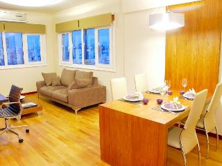 AX1 - Ultra Luxury 2 Bed/2 Bath - 3 LCD TV's Wi-Fi, Buenos Aires