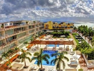 Awesome 2 Bedroom at Magia Playa, Playa del Carmen