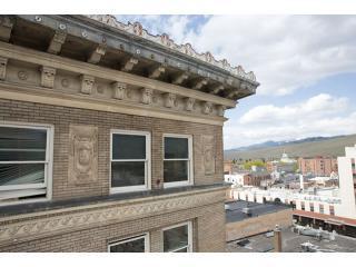 Esterno edificio particolare di windows del 'Wilma Condo'