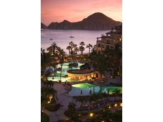 Villa La Estancia Upgraded High Floor 2Bdrm ON BEA, Cabo San Lucas