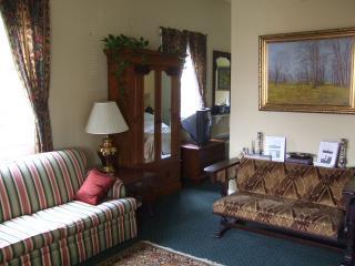 The Grande Suite Sitting Room