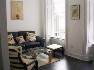 Library Apartment- Best  location!!, Glasgow