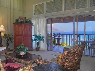Pali Ke Kua 202: Spectacular oceanfront and Bali Hai views, premium interior!, Princeville