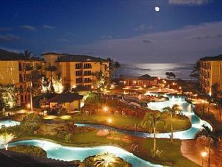Moonrise over Waipouli Beach Resort two-acre lazy river pool!