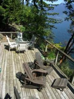 The Hideaway has a sunny seaside deck with a Gas BBQ & dining plus a view of Cypress Ski resort.