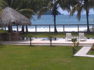 Villa Malibu, Suites on the Beach, with Lap Pool, Playa Potrero