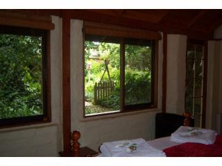 Open your blinds and look out on the extensive private gardens - so peaceful!