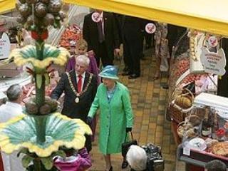 queen visits corks English market