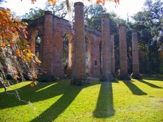 Old Sheldon Church, a Revolutionary War ruin, is a sweet picnic site
