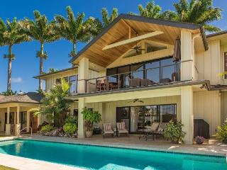 Luxurious Island Retreat with Pool!!  With beautiful Ocean and Mountain Views, Princeville
