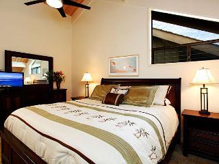 Unit 10 Ocean Front Deluxe 2 Bedroom Condo