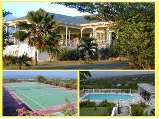 Hill Rise House - Privacy in 2 acres, with tennis ct. & pool - panoramic views,, vacation rental in Nevis