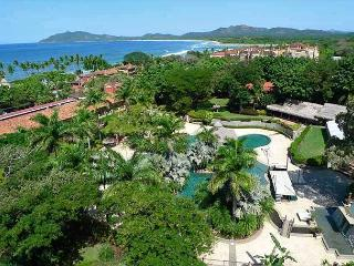 Luxury 2BR condo with great ocean view and amenities, Tamarindo