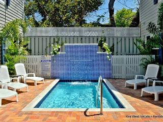 """CARIBBEAN SUITE""- Beautiful Home With Shared Pool. 1 Block To Duval, Key West"