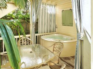 """HERON HIDEAWAY"" - Secluded 'Old Town' Condo w/ Pvt Hot Tub. Sleeps 4, Key West"
