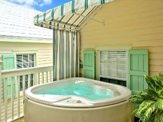 OSPREY'S NEST - Secluded Key West Condo with Private Hot Tub & Balcony.