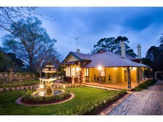 Varenna, Blue Mountains Luxury Accommodation - a Mountain Whispers Property
