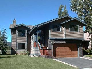 464 Capri Drive, South Lake Tahoe