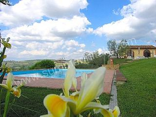 2 bedroom Villa in Piazza al Serchio, Tuscany, Italy : ref 5228625