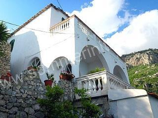 Villa Angiolina, Praiano