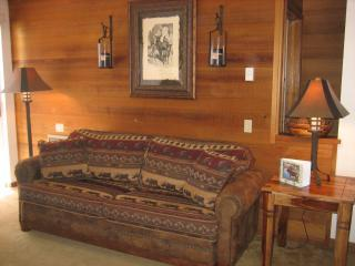 Slopeside at Canyon Sierra Megeve 2bdr/2bth Condo, Mammoth Lakes