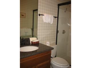 Nieuwe wastafel en Counterrop in 2e badkamer