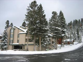 Slopeside at Canyon Sierra Megeve 2bdr/2bth Condo
