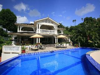 Marigot Sun Villa - Large Luxury Villa by the Bay, Marigot Bay