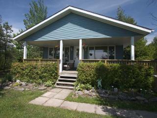 Huron Hideaway cottage (#587)