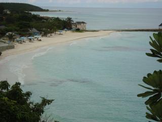 Dreamin Villa in Silver Sands Estates, Jamaica