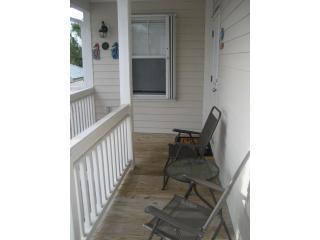Front porch dek - groot voor's ochtends koffie en het lezen van de krant