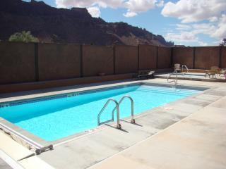 SG1   LUXURIOUS MOAB CONDO, YET VERY AFFORDABLE!
