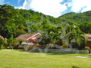 Kingsville Apartments 2 Bedroom - Bequia, Lower Bay