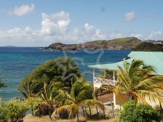 La luna Azul:Upper And Lower - Bequia