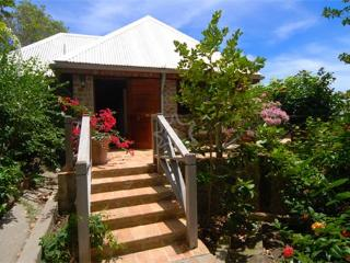Plenty Wind House - Bequia, Port Elizabeth