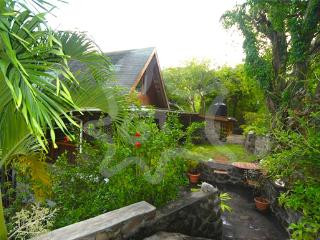 Spring Cottage - Bequia
