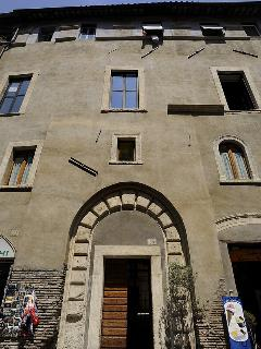 Apartment in Rome Jewish Ghetto the outside