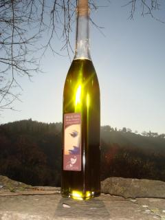 Our 100% organic extra virgin olive oil