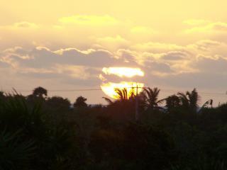 Amanecer desde la azotea de la Casa del Caribe alma en Tankah