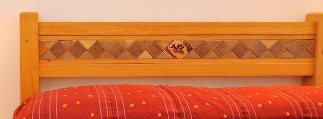 double bed-detail