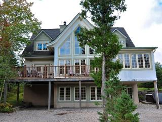 Chalet du Geant - ONLY 5-STAR on Tremblant resort!