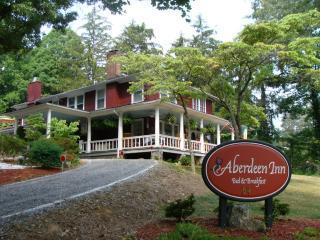 Aberdeen Inn  -  Your Home away from Home, Asheville
