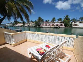 417B - Villa Sunset, Jolly Harbour
