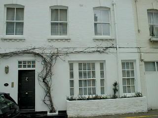 Kensington - 5 bedroom 4 baths house with Garden (1386)