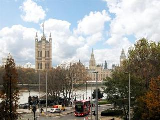 Westminster%20Views%20%2D%203%20bedroom%202%20bath%20Air%20Conditioning%20%28204