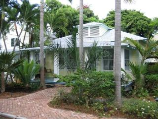 30 night minimum stay requirement.  The Palms - 3 Bedroom House with a Swimmi, Key West