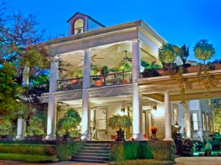 40% Off thru February! Book direct for best rate!, Savannah